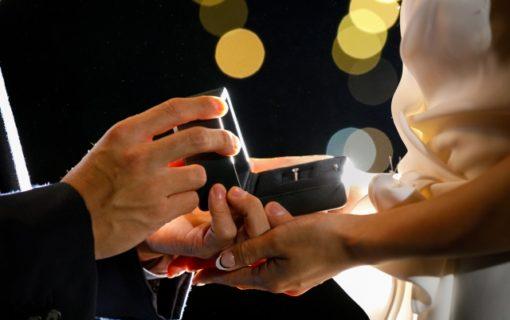婚約指輪の素材