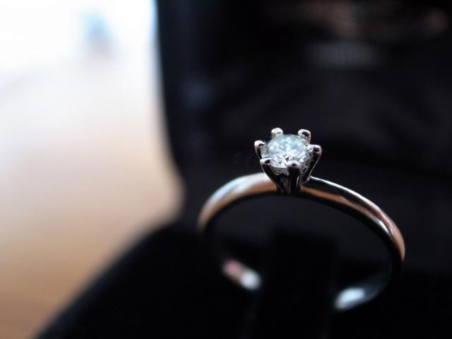 婚約指輪のデザイン