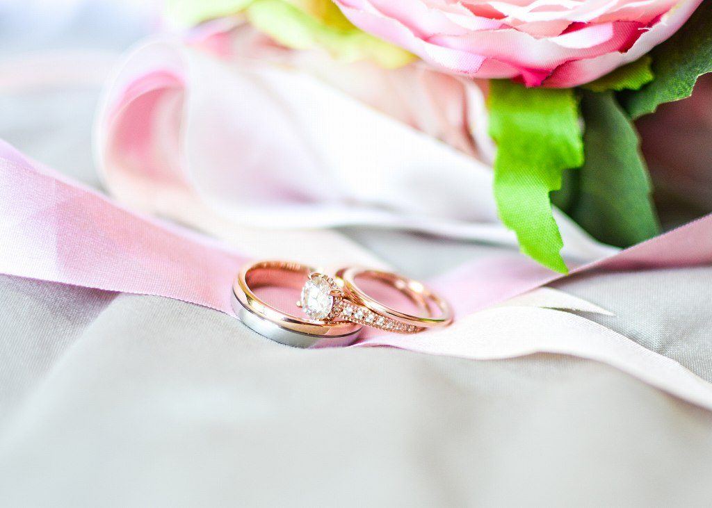 おしゃれな重ね付けがしたい!結婚・婚約指輪の選び方【静岡市】