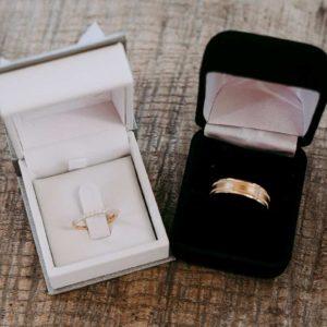 結婚指輪にダイヤモンドはあり?人気のデザインとは【静岡市】