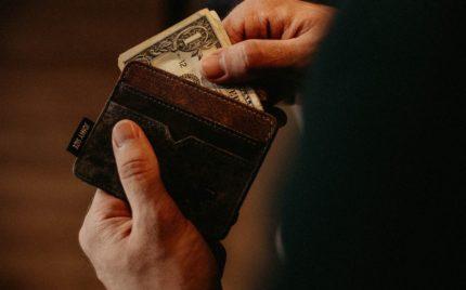 結婚指輪の支払いはどっち?気になる支払いパターンとは