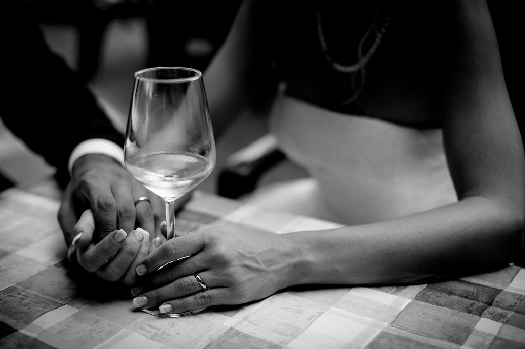 プラチナとゴールドどっちが人気?結婚指輪の素材を比較