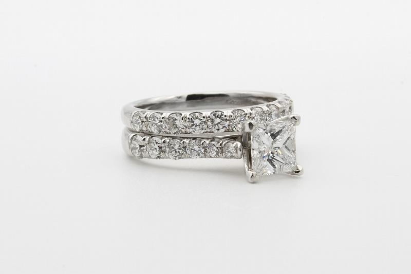 結婚指輪に憧れのエタニティリングを!選ぶポイントとは