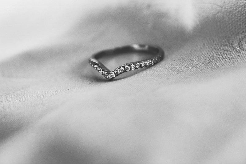 結婚指輪や婚約指輪に入れるシークレットストーンとは?【静岡市】