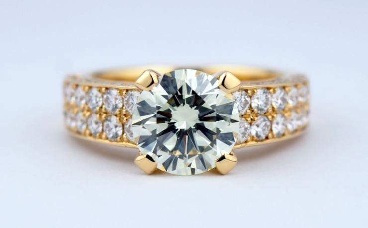 K18大粒ダイヤモンドの指輪