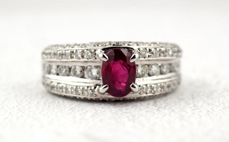 Ptルビーとダイヤモンドの指輪