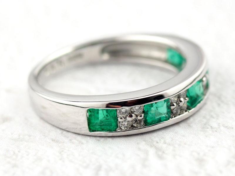 Ptエメラルドとダイヤモンドの指輪