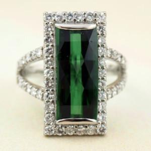 トルマリンとダイヤモンドの指輪