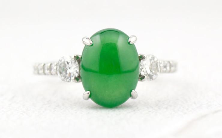 Ptヒスイとダイヤモンドの指輪