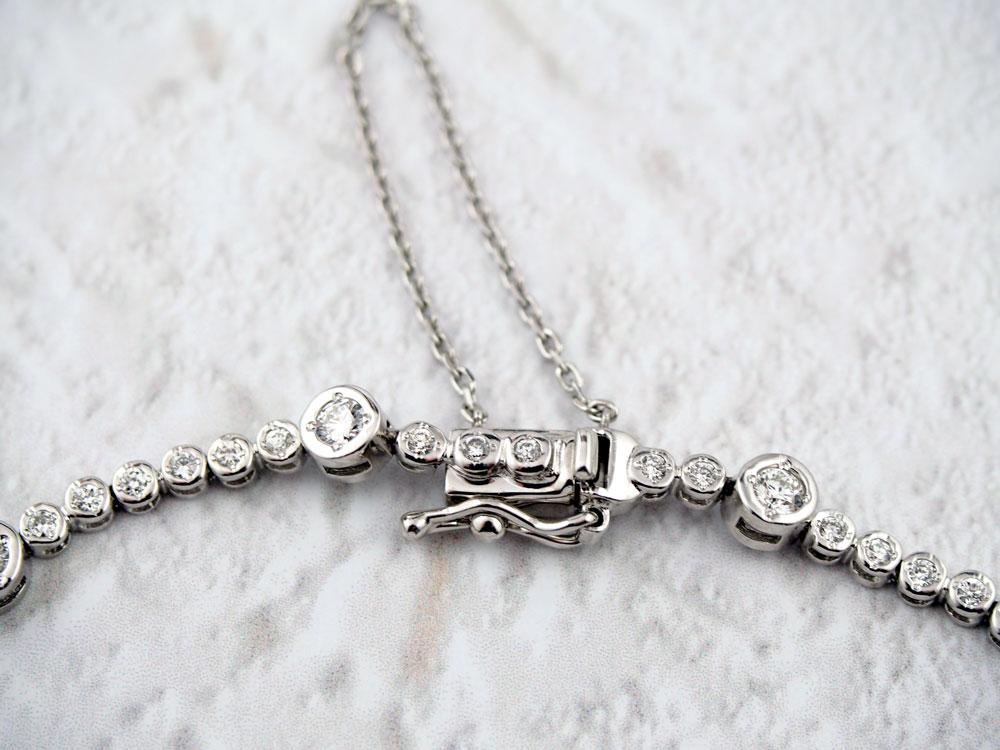ダイヤモンドのブレスレット
