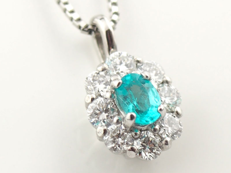パライバトルマリンとダイヤモンドのペンダントネックレス