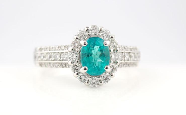 パライバトルマリンとダイヤモンドの指輪