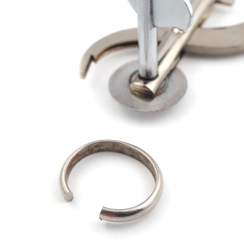 静岡きたがわ宝石のジュエリー修理 指輪切断