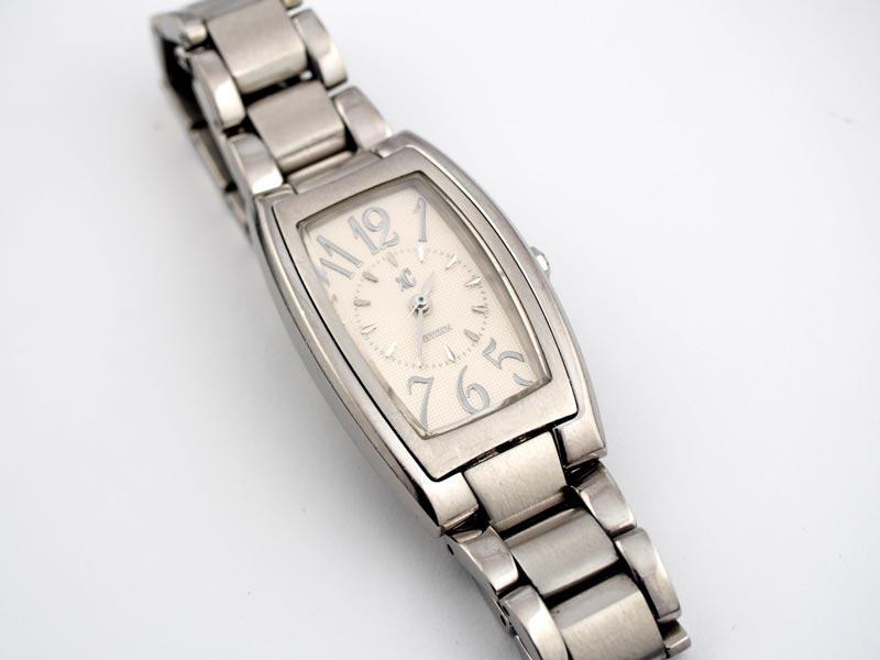 静岡きたがわ宝石の時計修理 シチズンXcの電池交換