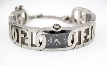フェンディの腕時計の電池交換
