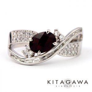 静岡きたがわ宝石のクロムパイロープガーネットの指輪