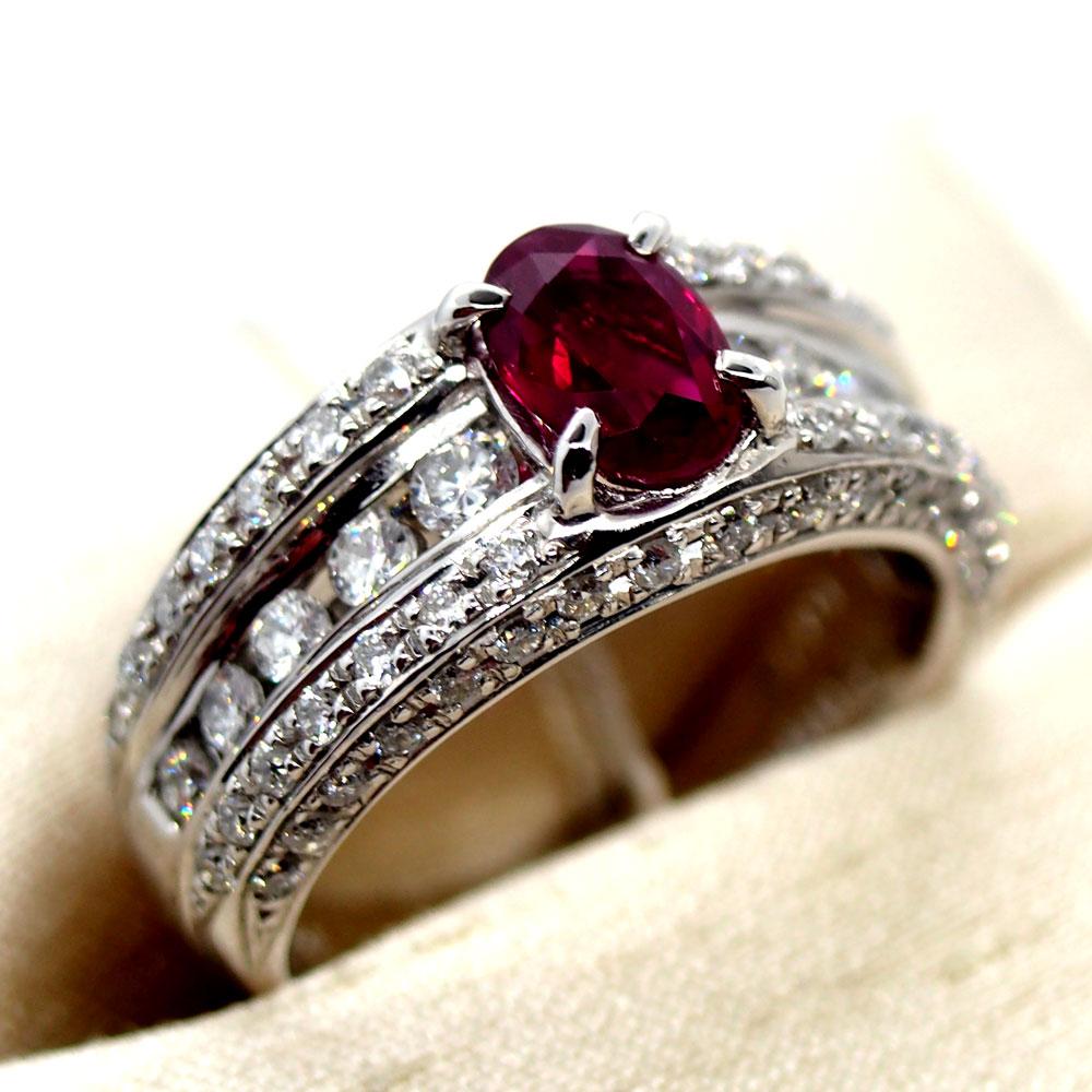 ピジョンブラッドルビーの指輪
